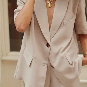 Summer suit from Storets